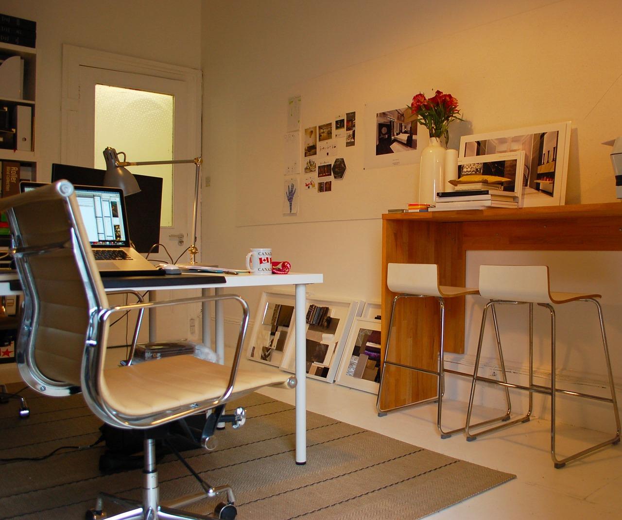オフィスは要らない?今すぐできるリモートワークで仕事効率と社員満足度を上げる方法。