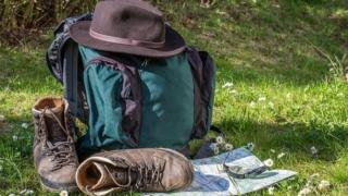 ハイキング 大自然 ピクニック