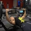 大胸筋の筋トレに効果的なメニューを科学的に考察!浮上した4つのトレーニングとは?