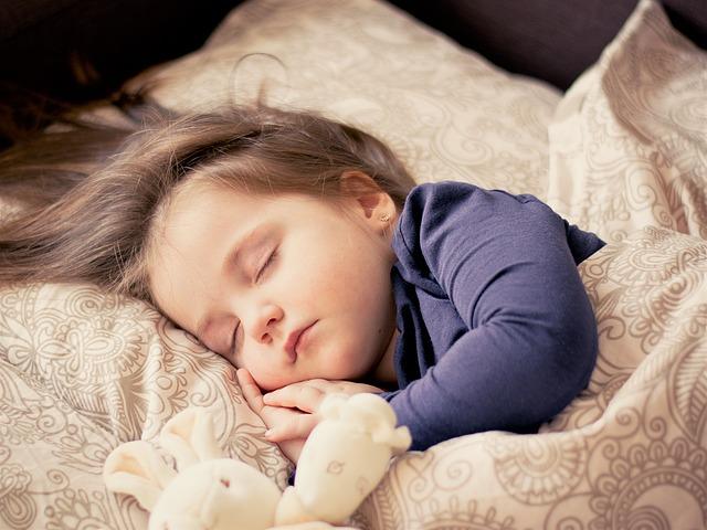 睡眠と健康の権威『国立睡眠財団』が勧める「年齢別の最適な睡眠時間」とは?