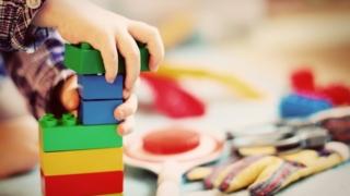 子ども 創造性 おもちゃ 少ない