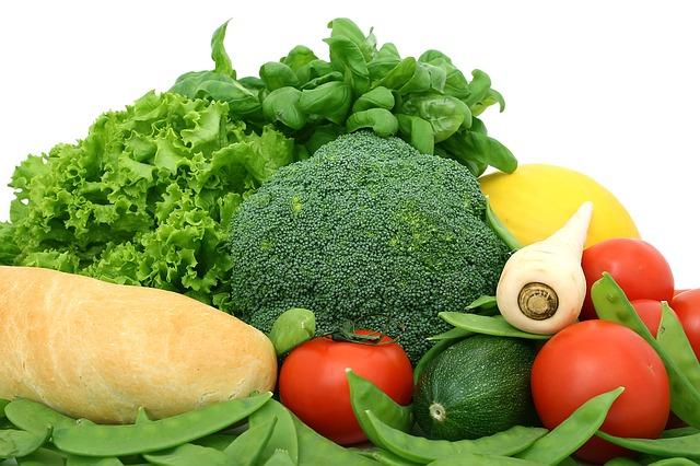 健康な食事はうつ病の改善に効果があることが信頼性の高い研究で判明。