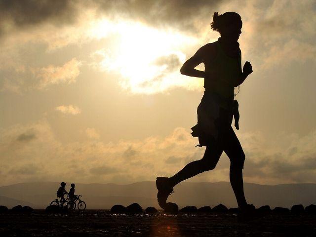 運動の血圧改善効果は降圧剤並み?!過去最大級の系統的レビューによる結論は...