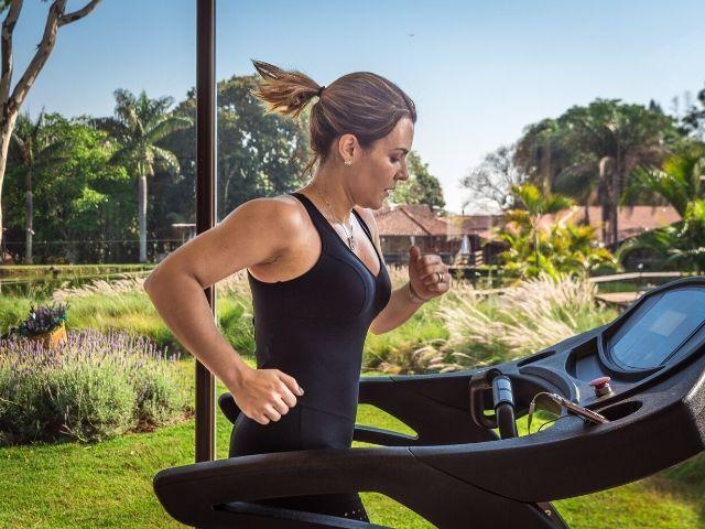 10種類の有酸素&筋トレ器具を比較!最も消費カロリーが多いトレーニングとは?