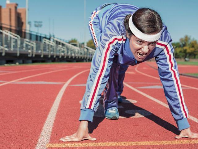 高強度インターバルトレーニング(HIIT)で心肺機能を高めるのに最低限必要な時間・強度・期間とは?