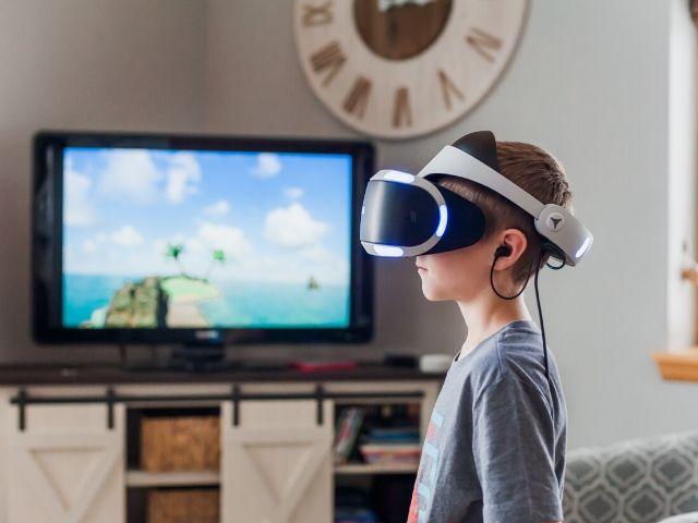 【暴露療法】VR(バーチャルリアリティ)は恐怖症の克服に効果がある?