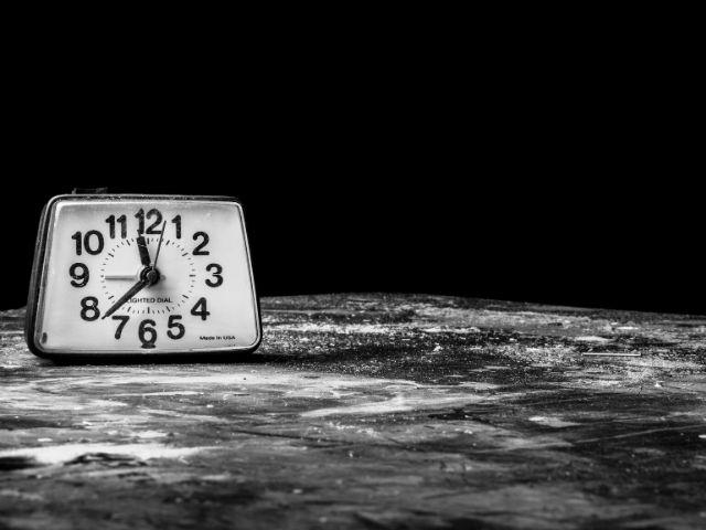 28年間に及ぶ追跡調査の結果「睡眠時間が多少増減しても認知機能や脳の構造にあまり影響はない」