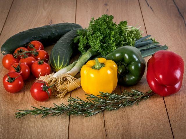 菜食主義(ベジタリアン)は高血圧の改善にどこまで効果的なのか?を徹底比較したメタ分析