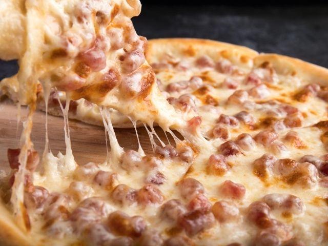【食べ放題の疑問】満腹を超えたカロリー摂取にも人体は上手く適応できることが判明