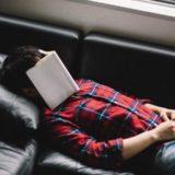 「寝起きがダルい…」深夜の仮眠でスッキリ目覚めるには10分がイイらしい