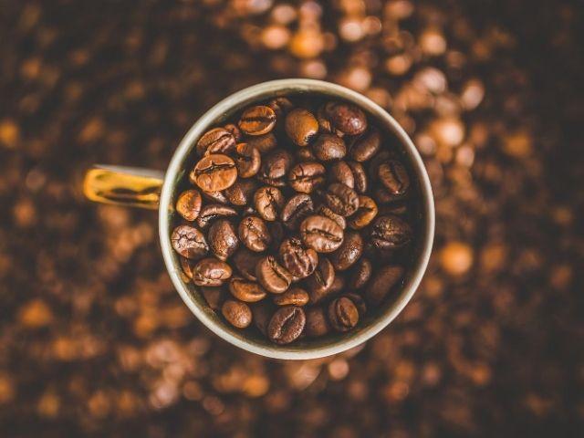 【ある腸内細菌が多かった】コーヒーをよく飲む人は腸内環境もイイ?