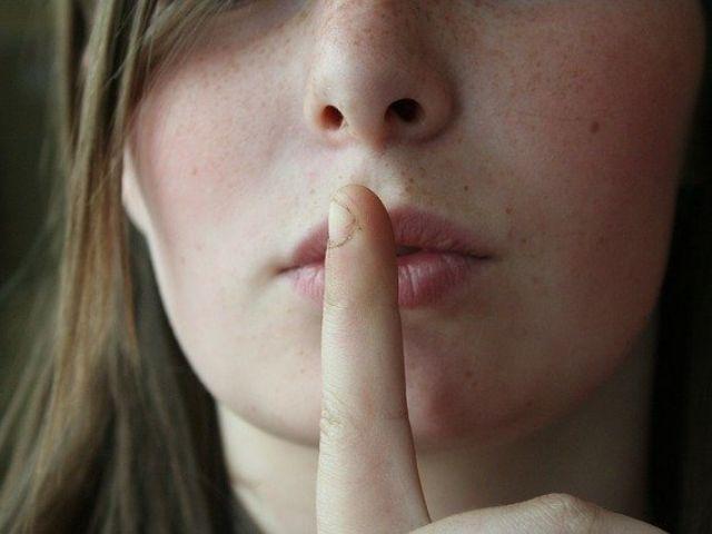 沈黙か優しい嘘か...真実を打ち明けない場合、どちらが相手の為になるのか?という実験結果