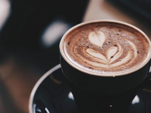 夜勤でスッキリ目覚めて集中!「カフェインナップ」の効果とは?