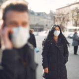新型コロナウイルス(COVID-19)の感染拡大を防ぐソーシャルディスタンス・マスク選び・目の保護をまとめたメタ分析
