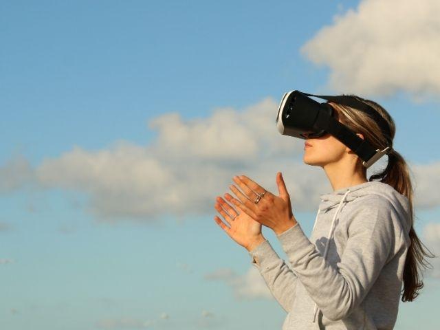 【仮想現実の可能性】VRで他人に対する共感力までアップ?