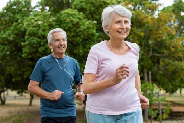 高齢者の認知機能低下を食い止めるにはどのくらい運動すればいいのか?
